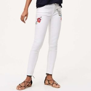 Loft floral embroidered modern skinny jeans size 0